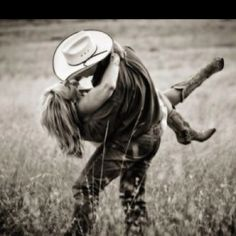 Hits that little piece of western in me. Cowboy boots, worn jeans, breathing in the crisp clean mountain air, and Colorado blue bird sky <3