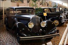 Panhard Levassor carrosserie panoramique 1936 ✏✏✏✏✏✏✏✏✏✏✏✏✏✏✏✏ IDEE CADEAU / CUTE GIFT IDEA  ☞ http://gabyfeeriefr.tumblr.com/archive ✏✏✏✏✏✏✏✏✏✏✏✏✏✏✏✏