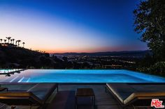 This view is pretty bad ass right? Dusk in the Hills above the San Fernando Valley #StudioCity #RealEstate www.MersolaGroupEstates.com