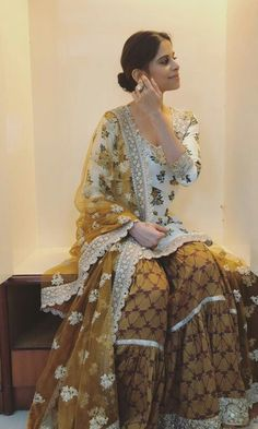 Indian Skirt, Indian Dresses, Garara Suit, Sharara Designs, Indian Salwar Suit, Designer Party Wear Dresses, Biryani Recipe, Designer Kurtis, Jennifer Winget