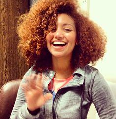 love her hair colour! Natural Hair Journey, Natural Hair Care, Natural Hair Styles, Big Curly Hair, Curly Hair Styles, Curly Bob, Love Your Hair, Great Hair, Afro Textured Hair