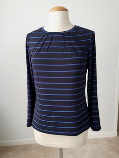 SunnyGal Studio Sewing: Vogue 9205 knit top in stripes / with pattern details