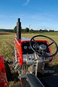 Antique Tractors, Vintage Tractors, Vintage Farm, Ford Tractors, John Deere Tractors, Agriculture Tractor, Tractor Pulling, Future Farms, Classic Tractor