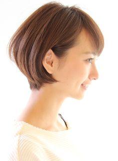 大人女性に人気丸みが可愛い耳かけショート|髪型・ヘアスタイル・ヘアカタログ|ビューティーナビ