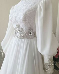 Wedding Abaya, Muslim Wedding Gown, Wedding Hijab Styles, Muslimah Wedding Dress, Modest Wedding Gowns, Muslim Wedding Dresses, Weeding Dress, Designer Wedding Dresses, Bridal Dresses