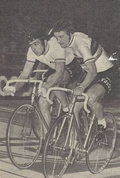 Vintage Cycles, Bike Photo, Biker, Track, Retro, Photos, Veils, Bicycle Kick, Cycling