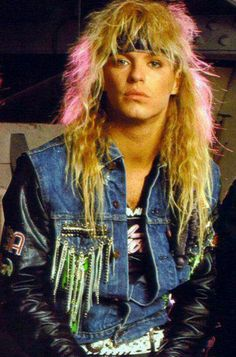 Bret Michaels ~ I had such a teenage crush on him for years until I watched Rock of Love. Totally ruined my crush Bret Michaels Poison, Bret Michaels Band, Big Hair Bands, Hair Metal Bands, Hard Rock, 80s Hair Metal, 80s Rock Bands, Musical Hair, Glam Metal
