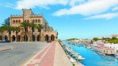 Spanien - Ciutadella im Menorca Ciutadella Menorca, Balearic Islands, Strand, Mansions, House Styles, Travel, Instagram, Highlights, Board