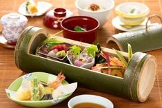 Home Recipes, Healthy Recipes, Bamboo Containers, Bamboo Dishes, Bamboo Crafts, Bamboo Furniture, Food Packaging Design, Sustainable Food, Food Displays