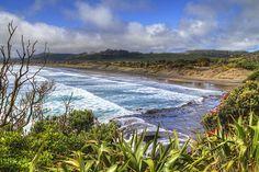 Muriwai Beach (New Zealand) by Jarkko New Zealand Beach, New Zealand Travel, Nz History, New Zealand Houses, Kiwiana, The Beautiful Country, South Island, Beach Photography, Auckland