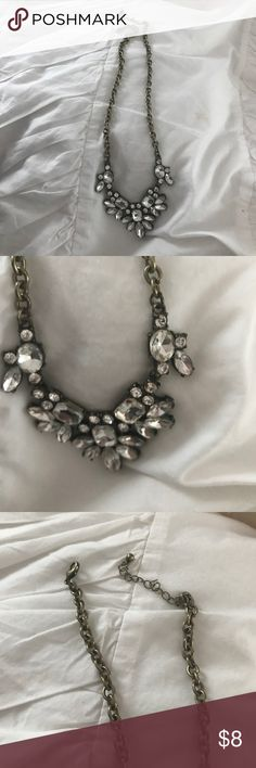 Gorgeous chunky statement necklace Great confition Forever 21 Jewelry Necklaces