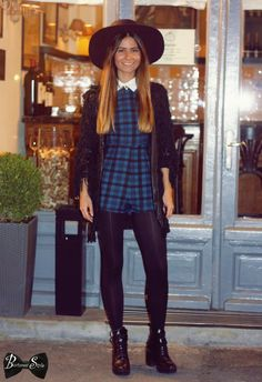 Bucharest style captures the best street style in Bucharest, features events and going out places in Bucharest but also shows worlwide travel tips Cool Street Fashion, Street Style, Bucharest, Portobello, Creative People, Going Out, Hipster, Events, Hat