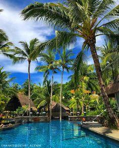 Ready to jump into our pristine tropical paradise? @shangrilaboracay : @devri_alemm. #ShangriLaSummer    #Shangrilahotels #Shangrilaboracay #Shangrila #boracay #poolside #tropical #summer #holiday #paradise #view #travel #vacation #wanderlust #adventure #travelgram #instatravel #travelphotography