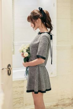 Japanese Fashion - Gray Short-sleeved shirt + A word skirt suit AddOneClothing.com Size Chart