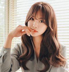 Up Hairstyles, Pretty Hairstyles, Hair Inspo, Hair Inspiration, Medium Straight Haircut, Beauty Care, Hair Beauty, Korean Haircut, Medium Hair Styles