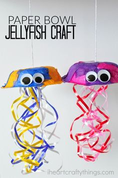Colorful paper bowl Jellyfish Craft for kids, perfect for summer crafting.