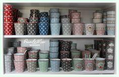 Love the Happy Mugs ♥ www.puurmooiwonen.nl