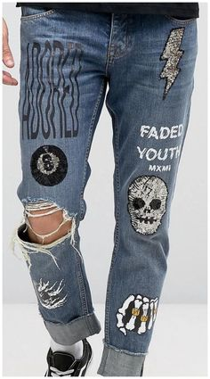 Ideas For Embroidery Jeans Jacket Men Painted Jeans, Painted Clothes, Custom Clothes, Diy Clothes, Denim Jacket Fashion, Denim Art, Denim Ideas, Denim Jeans Men, Outfits