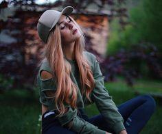 FOLLOW: http://StreetwearGirls.tumblr.com