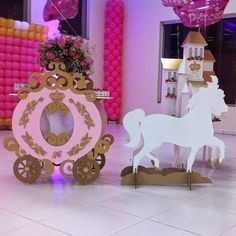 Princesa Helena | Criando e Contando - Luana Siqueira 1st Birthday Girl Decorations, Princess Party Decorations, Quinceanera Decorations, Birthday Party Centerpieces, Girl Birthday Themes, Birthday Parties, Princess Theme Birthday, Cinderella Birthday, Tangled Party