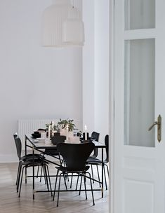 Dining Table in steel frame with white marble. In private residence in Poland. Dining Room, Dining Table, Black Marble, Steel Frame, Poland, Steel Table, Inspiration, Furniture, Design