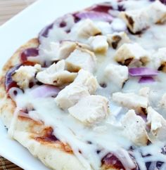 28. BBQ Chicken Pizza #quick #healthy #recipes http://greatist.com/eat/10-minute-recipes
