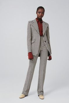 The opening look of the spring/summer 2020 show, this jacket is made of a bold houndstooth check fabric woven exclusively for the brand. Offering a. Tailored Jacket, Tailored Suits, Tailored Fashion, Gal Gadot, Blake Lively, Balmain, Fierce, Givenchy, Alexander Mcqueen