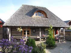 Traditional House, Old Houses, Romania, Countryside, Gazebo, Outdoor Structures, House Design, House Styles, Model