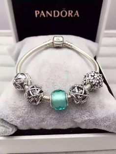 50% OFF!!! $159 Pandora Charm Bracelet Green. Hot Sale!!! SKU: CB01640 - PANDORA Bracelet Ideas