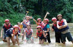 "Rafting Ayung River AKB 09 @gegh_chandra @arumboops @ayusuwita @WiRRa_6661 @cocoAriezco ƪ(˘⌣˘)┐""ƪ(˘⌣˘)ʃ""┌(˘⌣˘)ʃ"