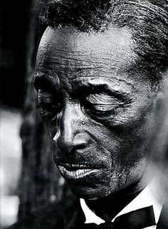 Mississippi Fred McDowell is a slide master, he should be a lot more recognized than he is. Reeeespect to him.