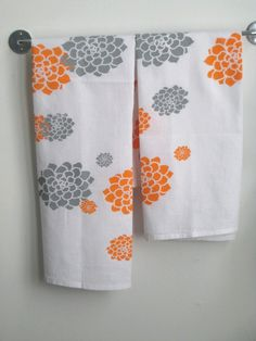 Packaged Set of 2 Dishtowels in Orange and Grey by appetitehome