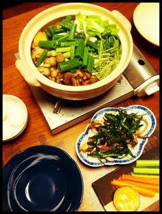 締めはうどん!食べ過ぎたー - 4件のもぐもぐ - 鶏すき焼き鍋、イカとニラのピリ辛炒め、スティックサラダ by chirarhythm