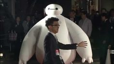 Baymax Meet & Greet Character from Disney's Big Hero 6 makes Tokyo Inter... I could not get the smile off of my face.