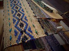 Tips for firm rag rug selvedges.
