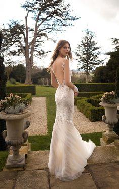GALA by Galia Lahav Fall 2021 Collection. www.theweddingnotebook.com Bridal Looks, Bridal Style, Bridal Collection, Dress Collection, Bridal Cape, Bridal Gown, Berta Bridal, Greece Wedding, Boyfriends