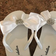 Number of flip-flop shades of color, styles and traits beginning with the top notch brand names. Bride Flip Flops, Bridesmaid Flip Flops, Bridesmaid Sandals, Beach Wedding Sandals, Wedding Flip Flops, White Wedding Shoes, Wedding Beach, Diy Leather Sandals, Bride Shoes