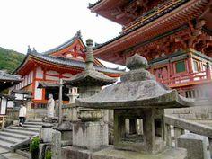 Kiyomizu-dera Temple - Kyoto, Japan. See more: www.UnhookNow.blogspot.com