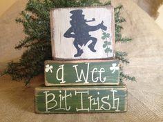 Country St Patrick's Leprechaun A Wee Bit Irish Shelf Sitter Wood Block Set #CountryPrimitiveRustic #WeeBitIrish #DoughandSplinters