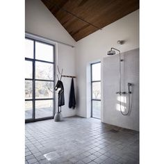 Work for @stenfabriken in the dreamy bathroom of @sofiegidfeldt Nordic Home, Bathroom, House, Furniture, Instagram, Home Decor, Washroom, Decoration Home, Home