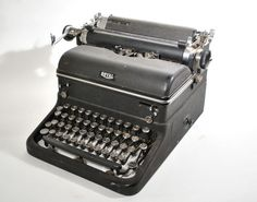 Antique Royal Typewriter Black 1930's by TwistedVictoria on Etsy