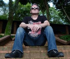 Wayne Hussey - The Mission Goth Bands, Sisters Of Mercy, Gothic Rock, Post Punk, Music Stuff, Singing, Jay, Projects, Gothic Bands