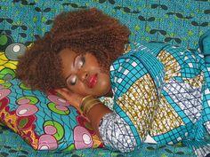 Coussins WaxinDéco - WaxinDéco cushions www.eshop.waxindeco.com  #waxprintcushion #waxprintpillow #coussinwax #coussin_en_wax