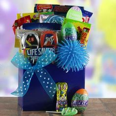 Justin bieber premium gift basket ideal for birthday christmas justin bieber premium gift basket ideal for birthday christmas easter or get well by artistix designs gift baskets httpamazongpp negle Image collections