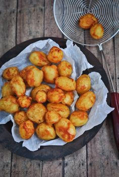 Life Scoops: Dum Aloo (Golden fried potatoes simmered in spiced yogurt)