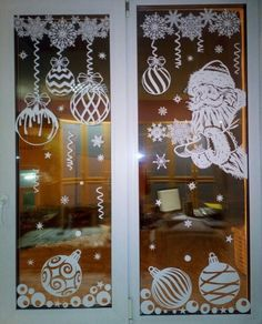 Homemade Christmas Decorations, Christmas Diy, Holiday Decor, Diy And Crafts, Christmas Crafts, Christmas Stencils, Christmas Paintings, Window Art, Paper Decorations