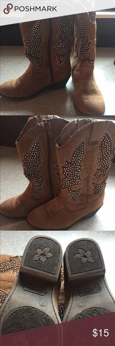 Justice bling cowgirl boots Justice cowgirl bling boots size 3 slight bulling in ankle shown in pics Shoes Boots