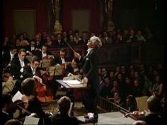 ▶ Mahler: Symphony No. 3 / Bernstein · Vienna Philharmonic Orchestra - YouTube