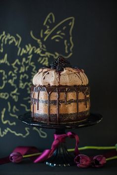 This chocolate blackberry cake looks absolutely stunning, and delicious!