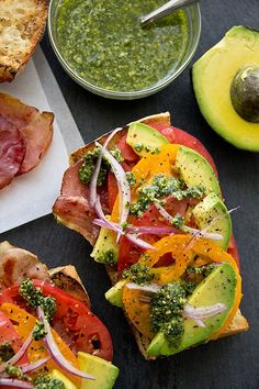 Avocado, tomato, bacon & pesto sandwich